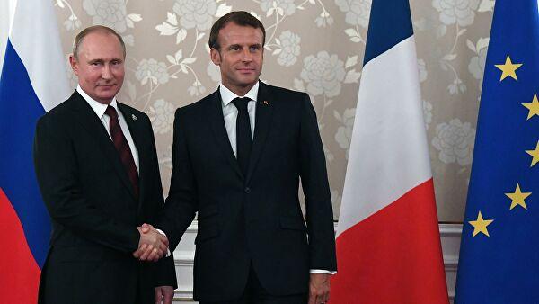 Путин и Макрон разговарали о ситуацији у Донбасу