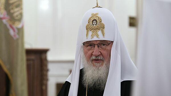 Патријарх Кирил: Митрополит Амфилохије се бори за православље, није погнуо главу пред расколницима