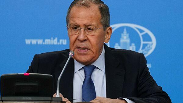 Lavrov: Ustav je prioritet nad međunarodnim pravom