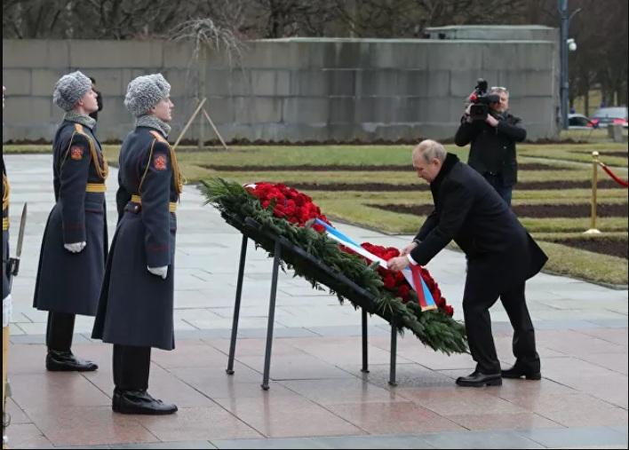 Путин: Запушићемо прљава уста фалсификаторима историје
