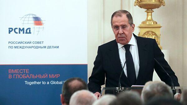 Лавров: НАТО се упушта у врло опасну игру ширења оперативних активности у космосу и сајбер простору