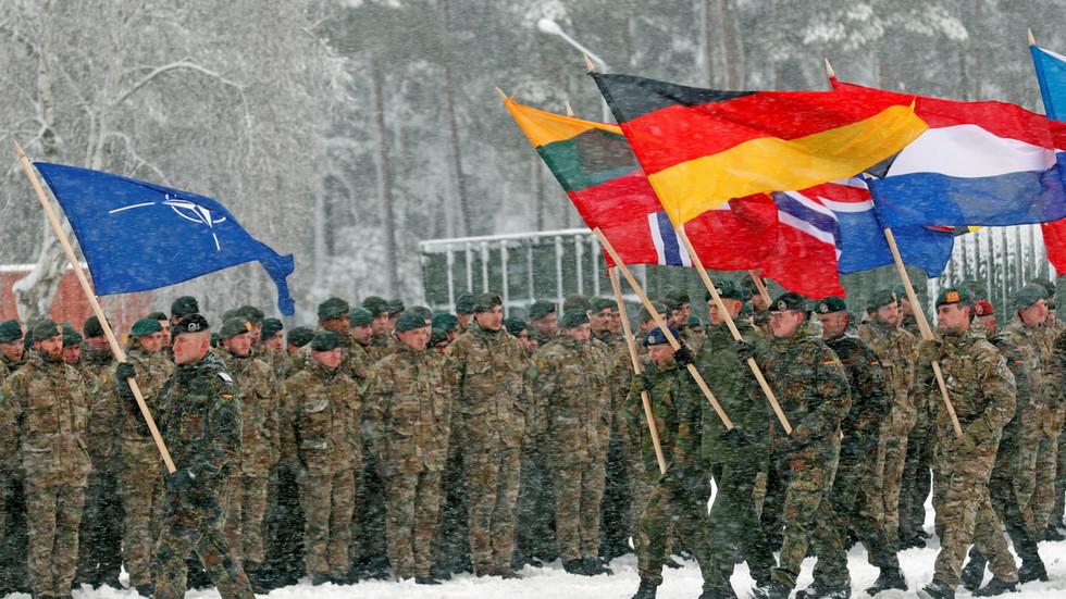 "RT: ""Vojni Šengen"": NATO namerno stvara strahove od Rusije da bi privukao neutralne zemlje EU - Lavrov"