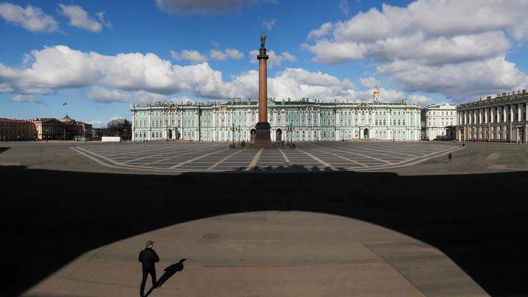 РТ: Санкт Петербург у самоизолацији: Северни главни град Русије стављен у делимични карантин због коронавируса