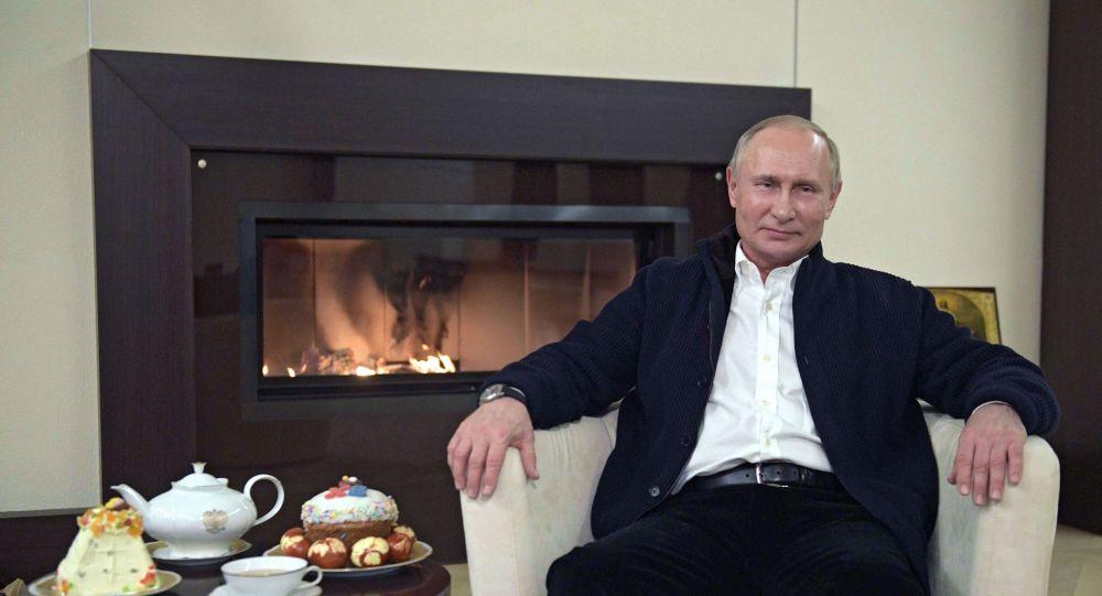 Путин: Ситуација је под потпуном контролом и цело наше друштво је уједињено пред заједничком претњом