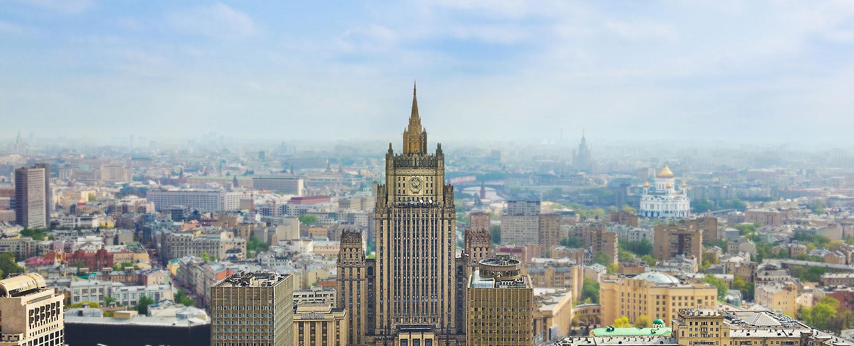 Лавров и Макеј разговарали о умешаности спољних сила у политичке процесе у Белорусији