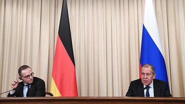 Лавров: Недопустиво спољно мешање у послове Белорусије