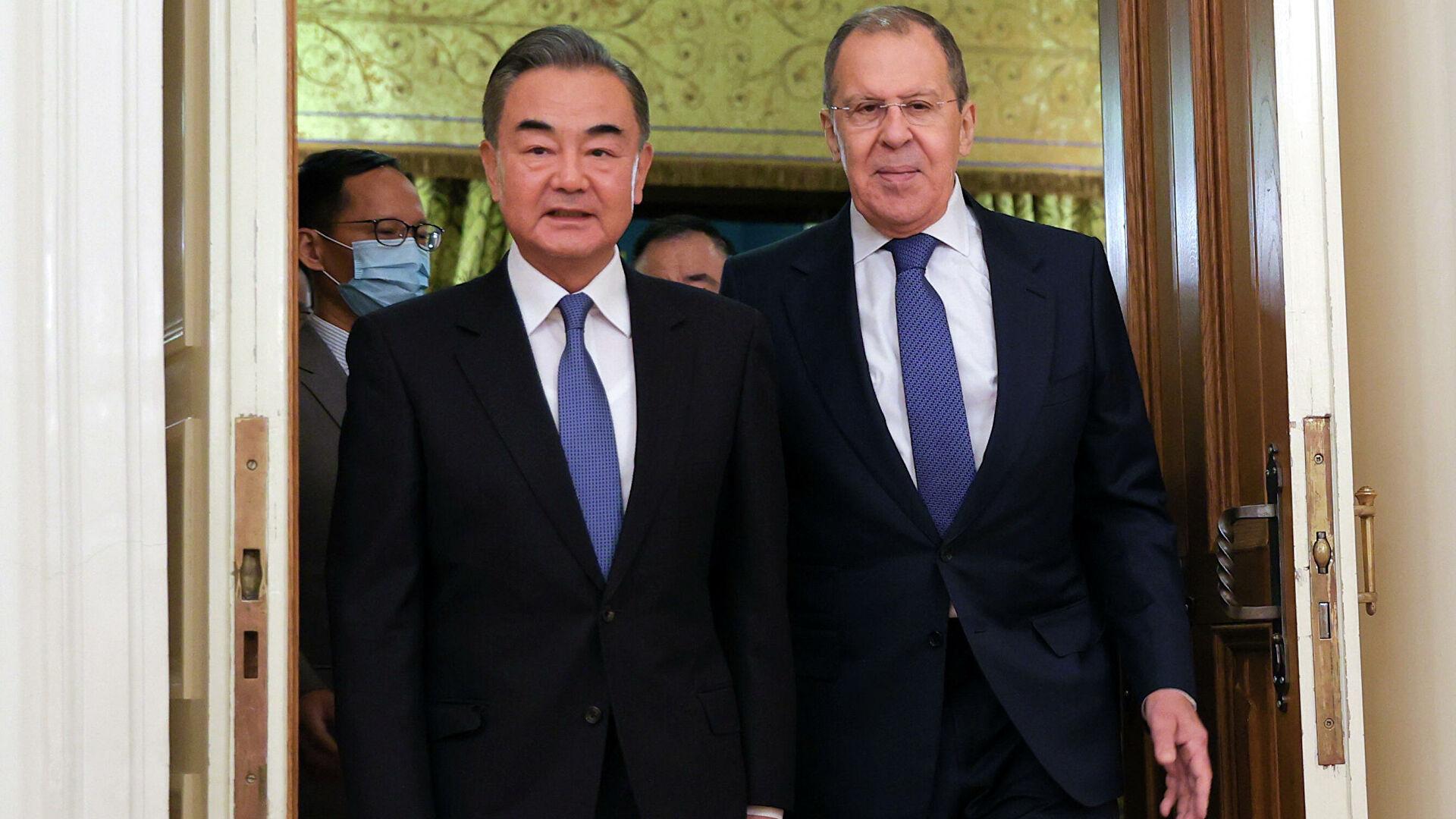 Москва и Пекинг не прихватају нелегитимне једностране акције Вашингтона