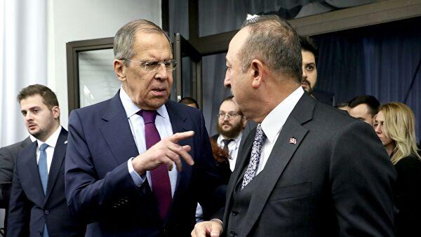 Лавров и Чавушоглу разговарали о ескалацији ситуације у Нагорно-Карабаху