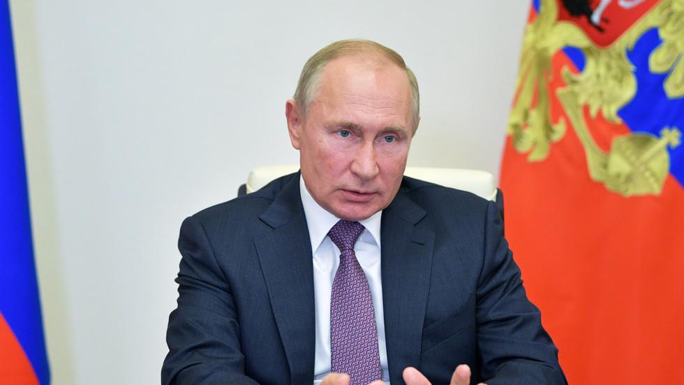 РТ: Путин позвао министре спољних послова Азербејџана и Јерменије на преговоре у Москву и на обуставу непријатељстава у Нагорно-Карабаху