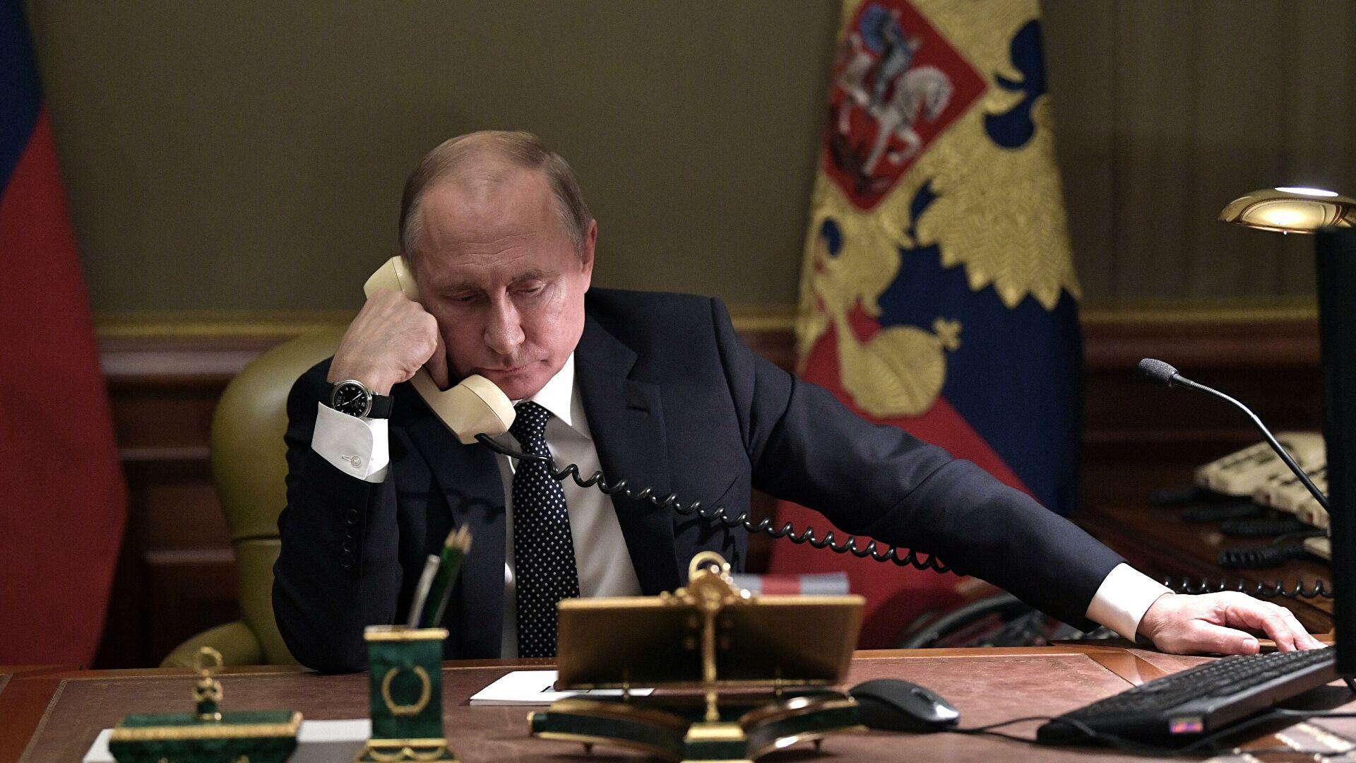 Putin i Makron razgovarali o bilateralnim odnosima i međunarodnim pitanjima