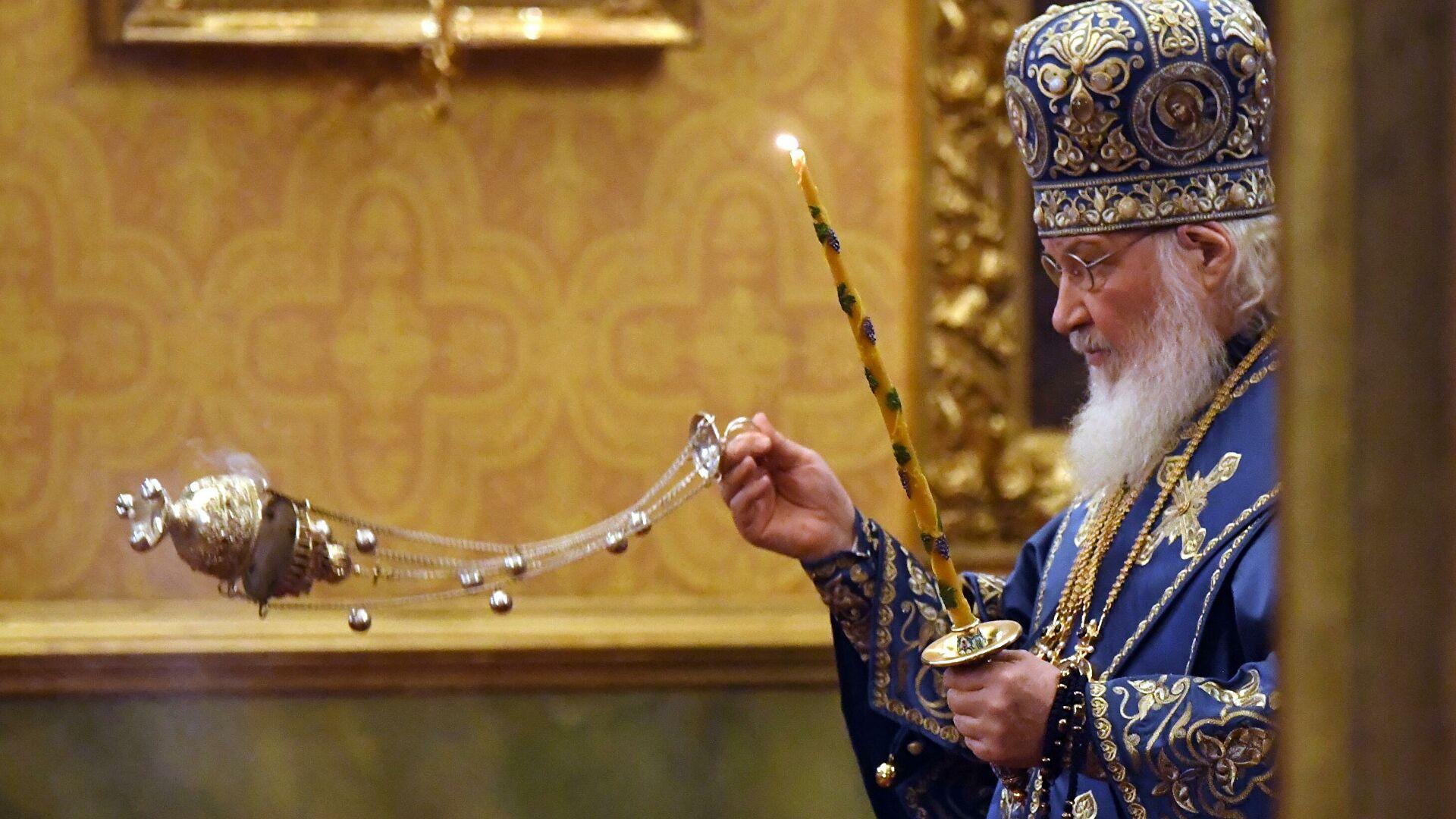 Патријарх Кирил служио заупокојену литургију преминулом патријарху Иринеју