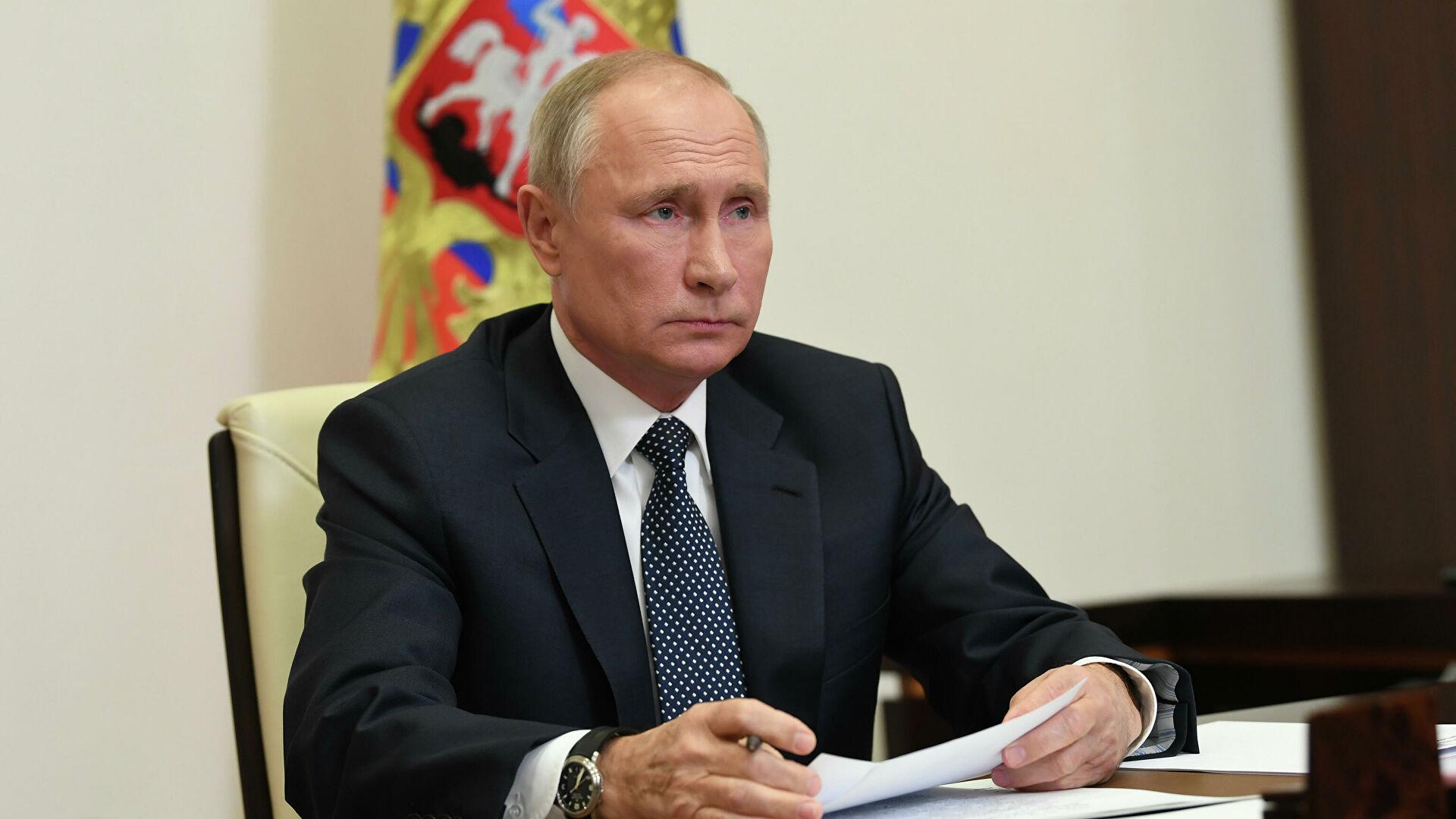 Путин: Приоритетно питање обједињавање напора у борби против коронавируса