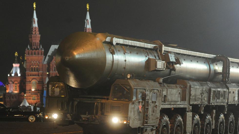 РТ: Нуклеарни рат између САД-а и Русије вероватнији јер Американци распоређују бомбе на територијама европских чланица НАТО - Рјабков