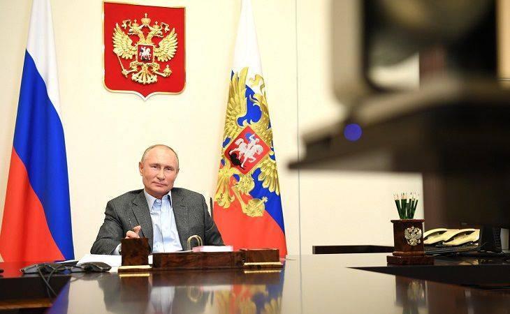 Putin: Samo sa snažnim moralnim temeljima moći ćemo da idemo napred, postižemo ozbiljne ciljeve i društveni, tehnološki i ekonomski razvoj