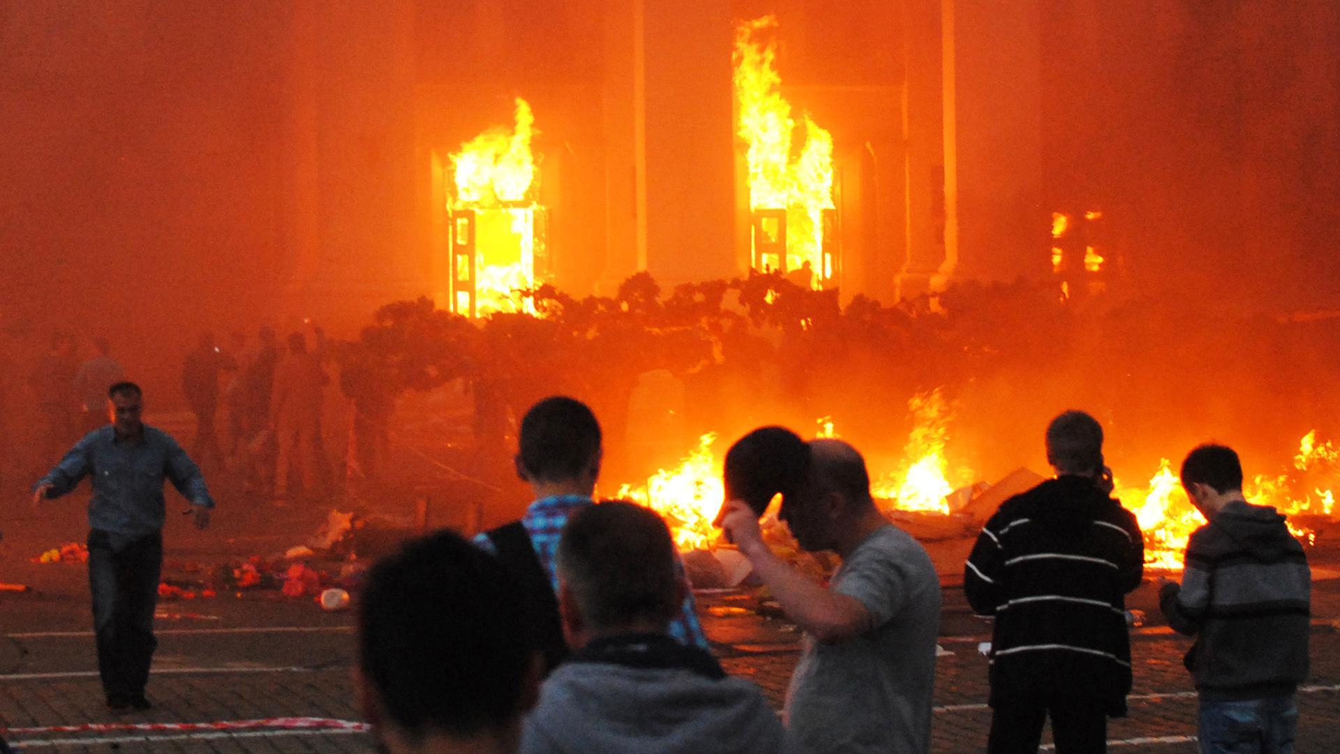 Захарова: Трагедије у Одеси и Мариупољу означиле почетак дивљања неонацизма и насилне украјинизације