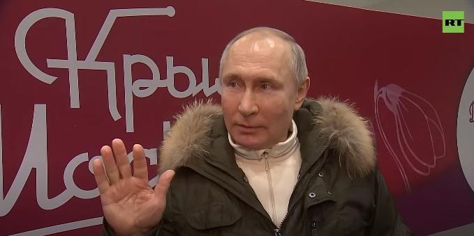 Путин позвао Бајдена на дискусију под условом да буде уживо