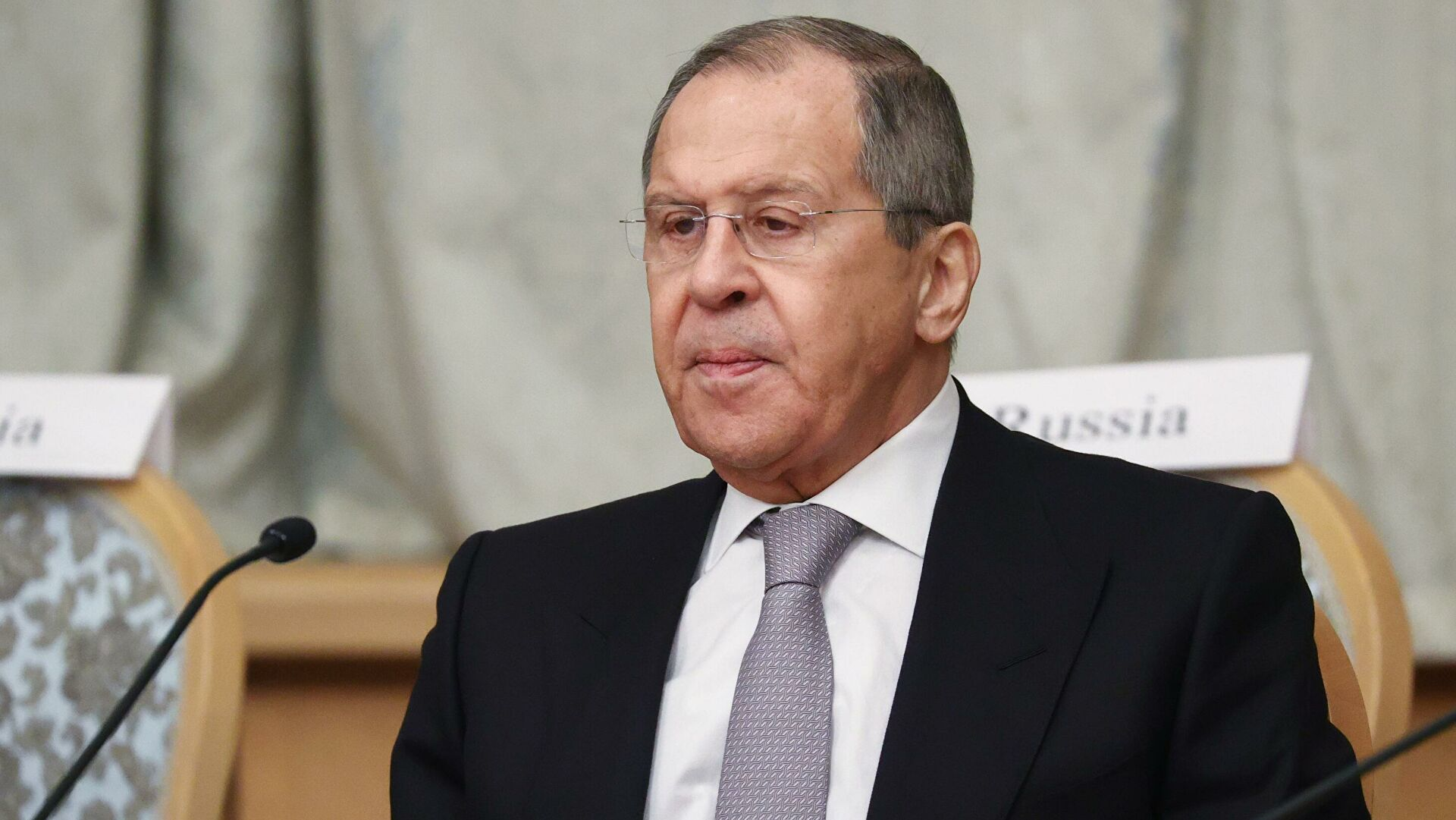 Лавров позвао да се смањи коришћење међународних платних система које контролише Запад