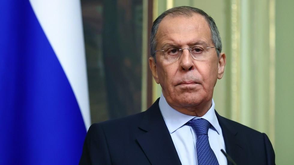 """РТ: Не одбијамо нове разговоре са НАТО-ом, инсистира Лавров, """"али не желимо само да седимо тамо и слушамо о Украјини"""""""