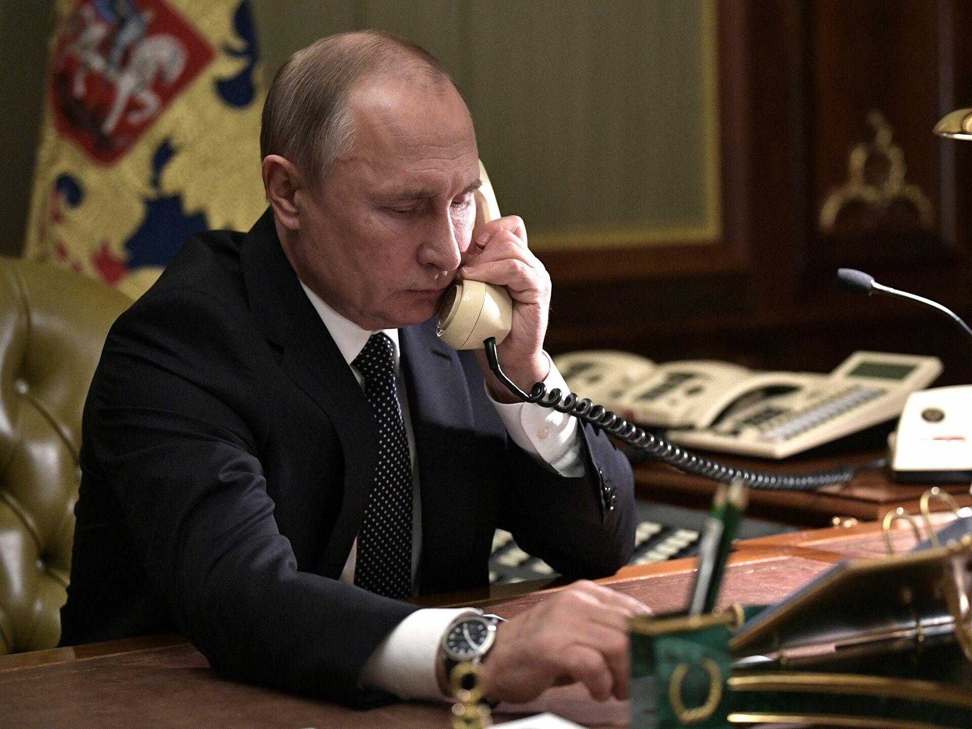 Putin i Merkelova razgovarali o situaciji u Donbasu