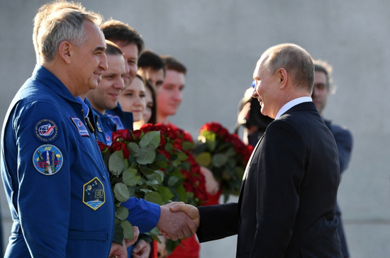 Путин: Русија ће наставити да унапређује програм међународне сарадње у космичкој сфери