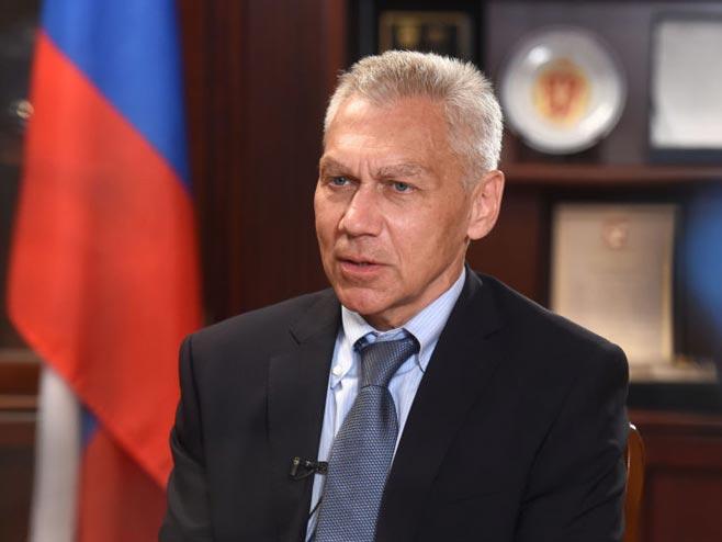 """""""Србија упркос све већем притиску остаје посвећена свим споразумима о сарадњи у војно-техничкој сфери са Русијом"""""""