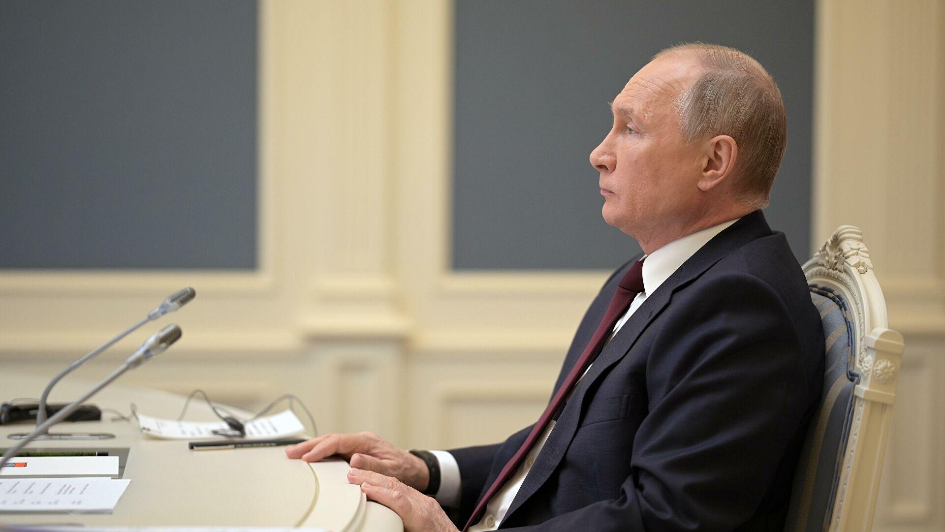 Кремљ: Путин и Зеленски у случају комуникације могу да разговарају о билатералним односима, а тема као што је Крим не постоји