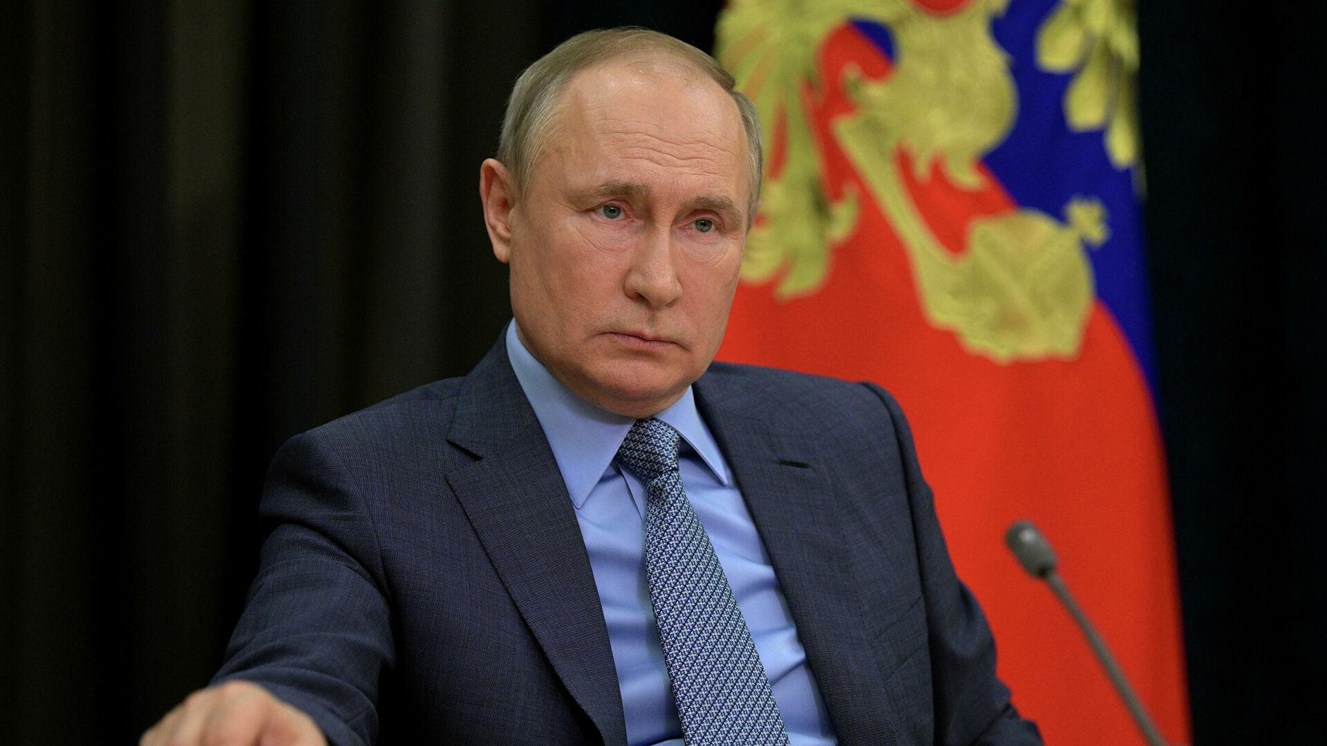 Путин наложио да се пооштре правила о поседовању оружја након пуцњаве у Казању