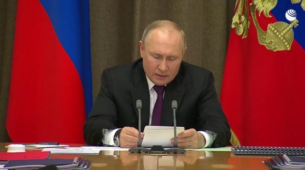 Путин: Испитивања ПВО система С-500 успешно се завршавају