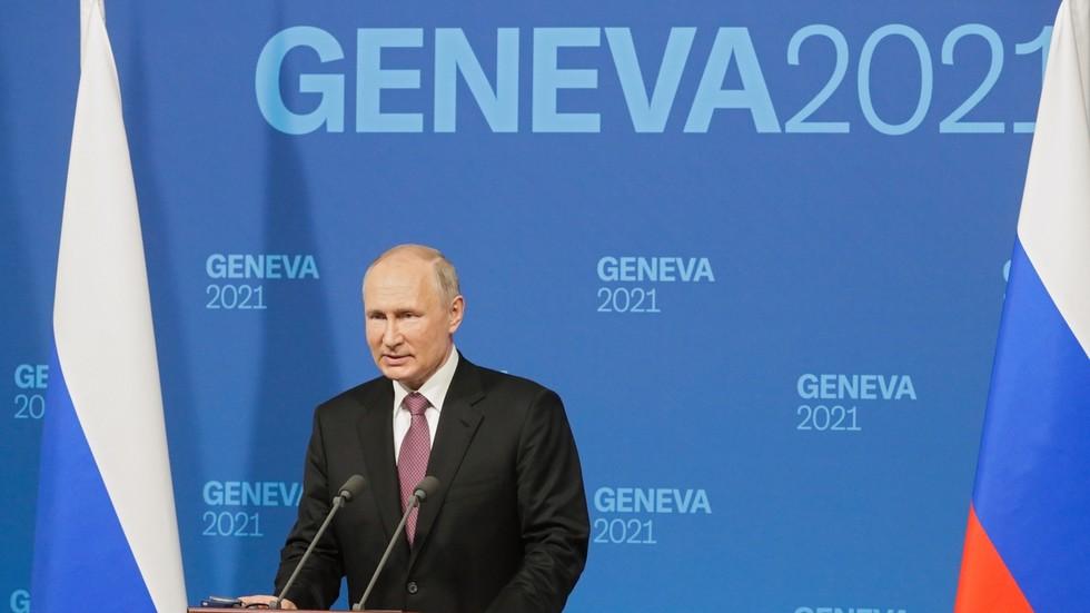 """РТ: Путин поздравио """"конструктивне"""" разговоре са Бајденом, те саопштио да ће руски и амерички амбасадори ускоро бити враћени"""