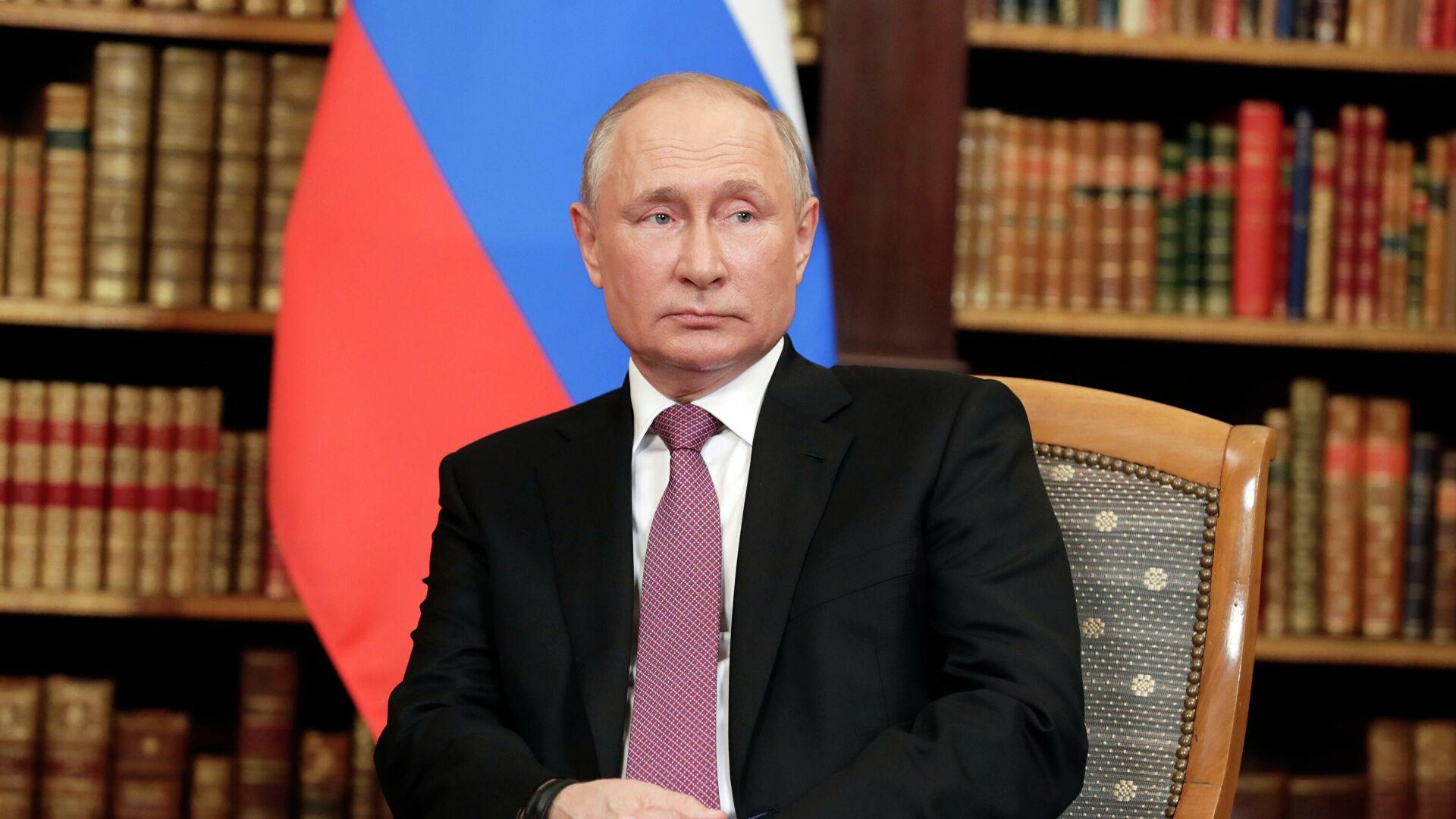 Путин: Ми никада не диктирамо своју вољу другим земљама