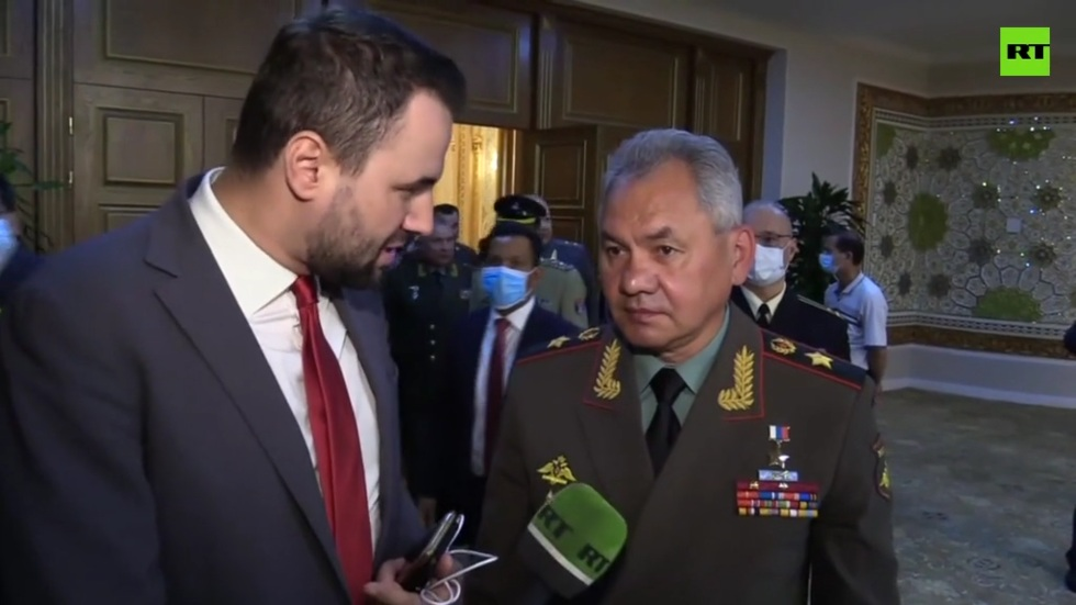 РТ: САД се повлаче из Авганистана, али и даље покушавају да гледају шта се дешава преко ограде - Шојгу
