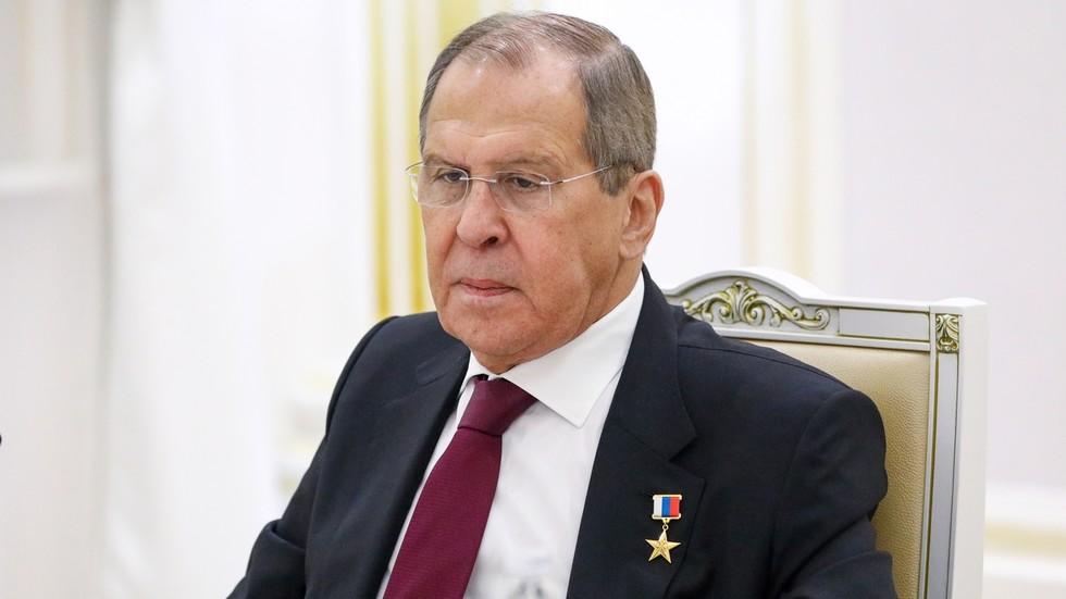 """РТ: Упркос америчком понижењу у Авганистану, Русија не ликује због хаоса, него је само """"забринута за регион"""", наводи Лавров"""
