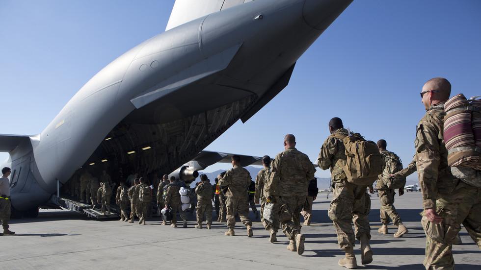 РТ: Вашингтон нема нешта да покаже након две деценије сукоба у Авганистану, упркос настојањима да наметне сопствене вредности, наводи Путин