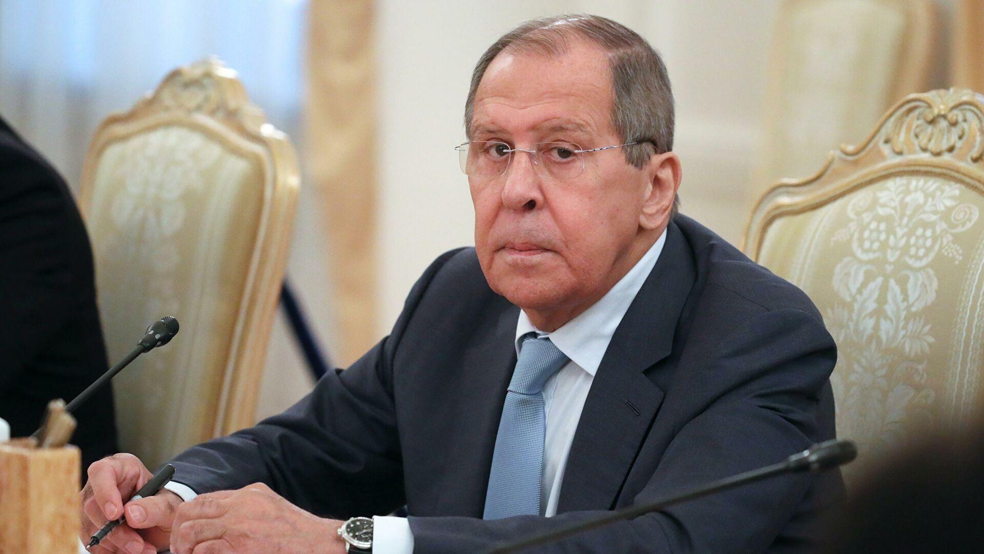 Лавров: САД не одустају од курса обуздавања Русије