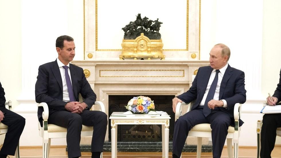 RT: Asad u iznenadnoj poseti Moskvi; Putin osudio ilegalno strano vojno prisustvo u Siriji
