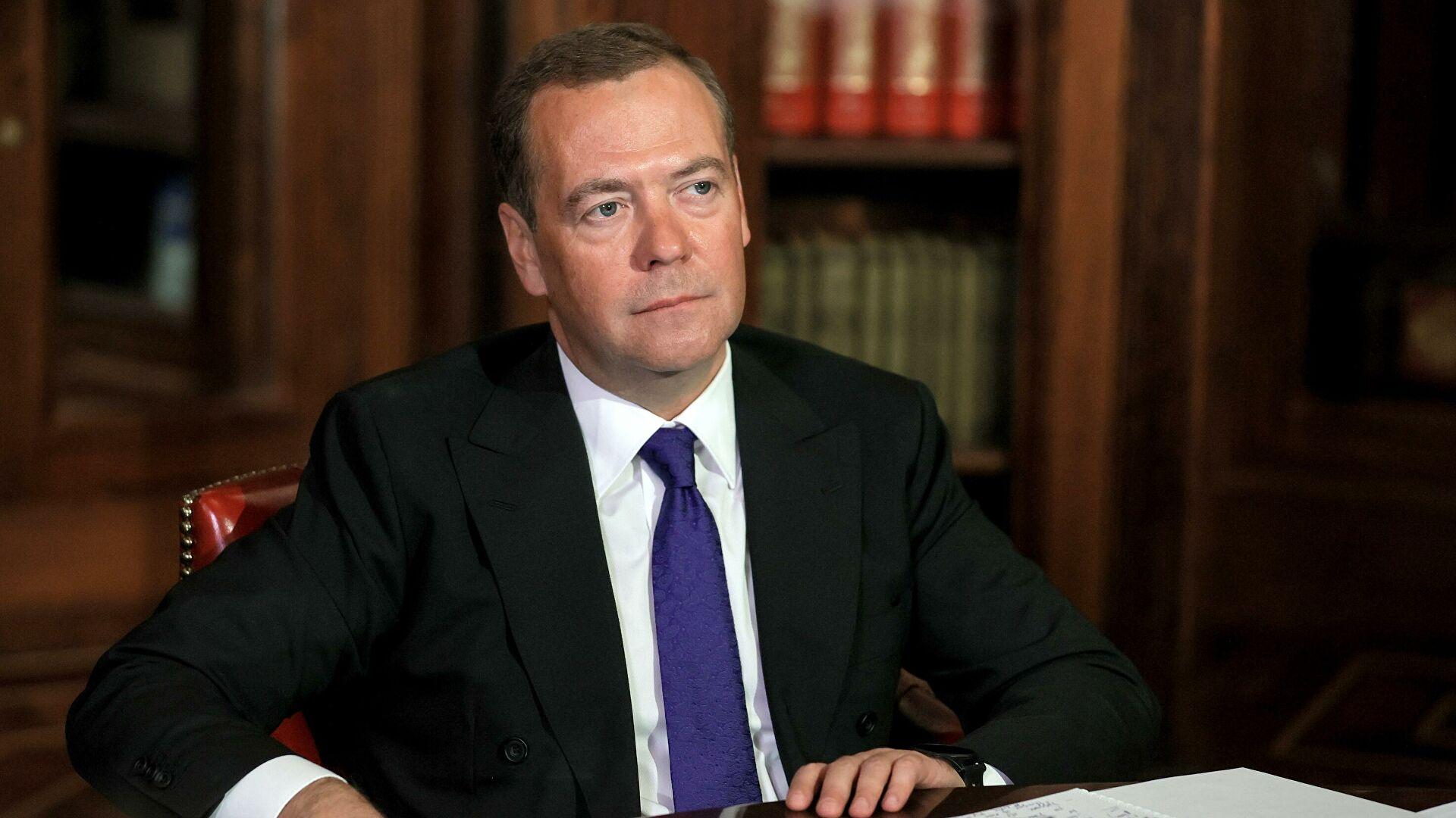 Медведев: Ми са санкцијама живимо од 2014. године