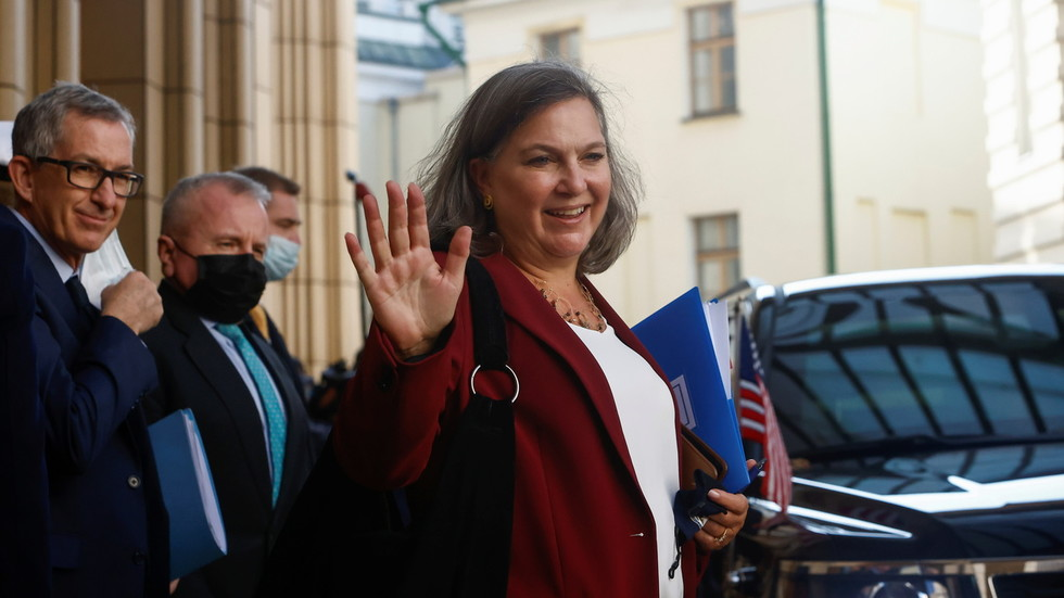 """РТ: """"Американци нас не слушају"""", Москва наводи да преговори у Москви са Бајденовим изаслаником нису успели"""