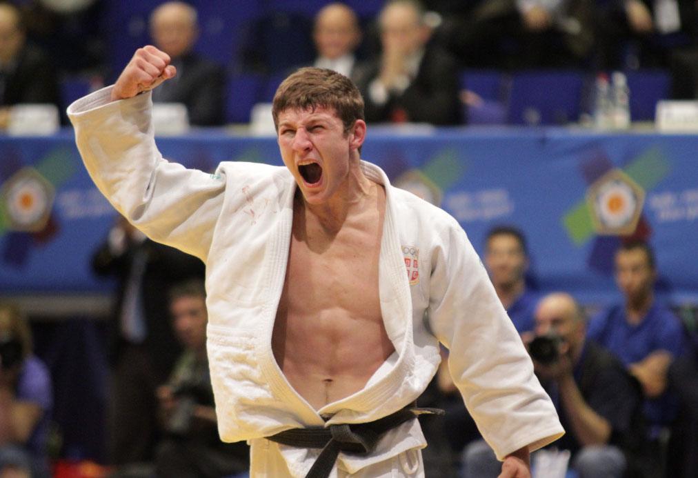 Немања Мајдов освојио злато на Светском првенству!