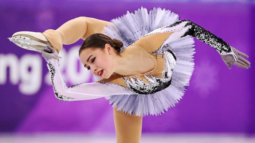 Непоновљиве: Руске клизачице Медведева и Загитова у Пјонгчангу обориле два светска рекорда