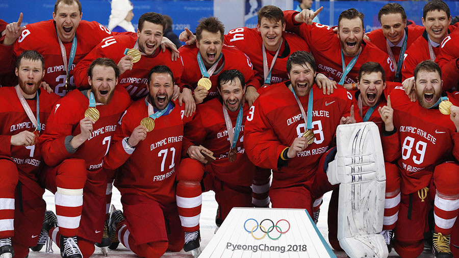 MOK neće kazniti ruske hokejaše što su pevali himnu Rusije