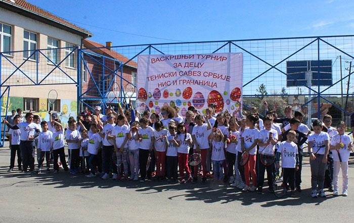 """Održan """"Vaskršnji turnir za decu"""" u Gračanici u organizaciji TSS i NIS"""