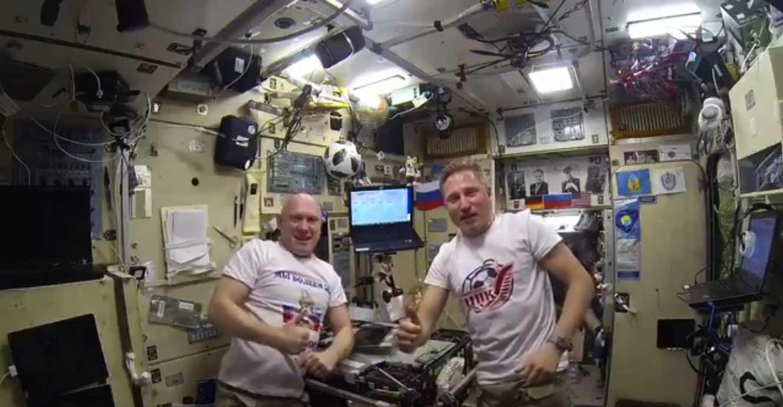 Руски космонаути честитали репрезентацији Русије