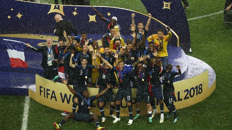 Фудбалери Француске други пут у историји постали шампиони света