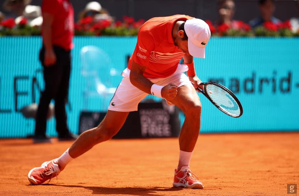 Novak izbacio Zvereva, protiv Tima za finale