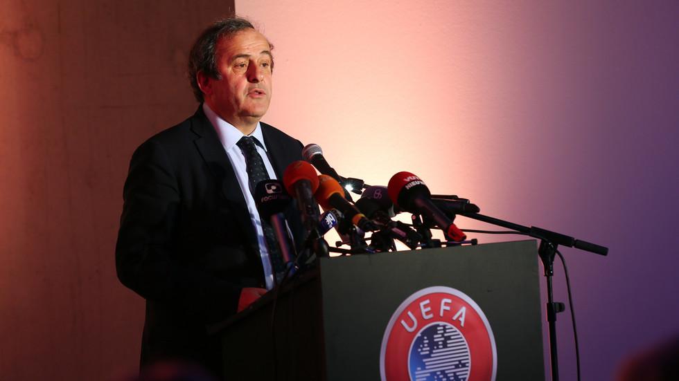 РТ: Платини ухапшен током истраге о додељивању Светског купа ФИФА 2022 Катару