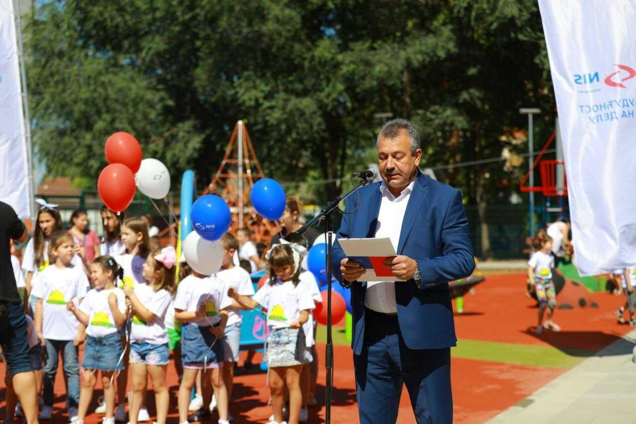 Novo igralište za kikindske mališane – poklon kompanije NIS