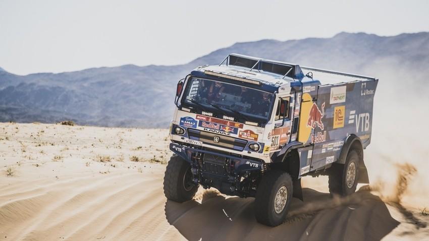 """Ruski tim """"KAMAZ-mastera"""" osvojio prvo mesto na reliju """"Dakar"""""""