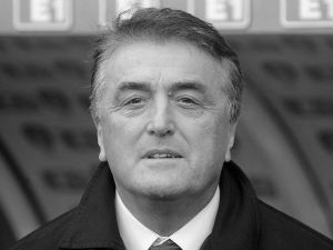 Preminuo Radomir Antić