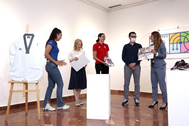 НИС учествоваo у хуманитарној акцији Института за женски спорт