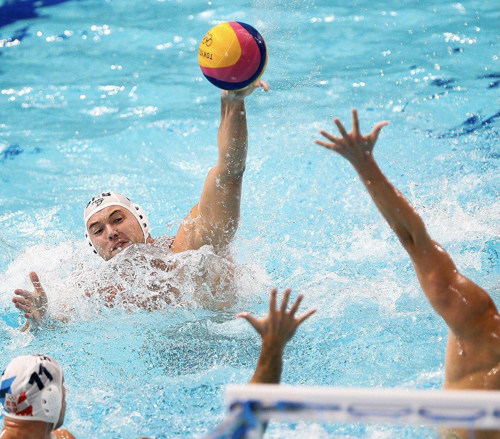 Srbija ubedljiva protiv Crne Gore, sa Italijom u četvrtfinalu